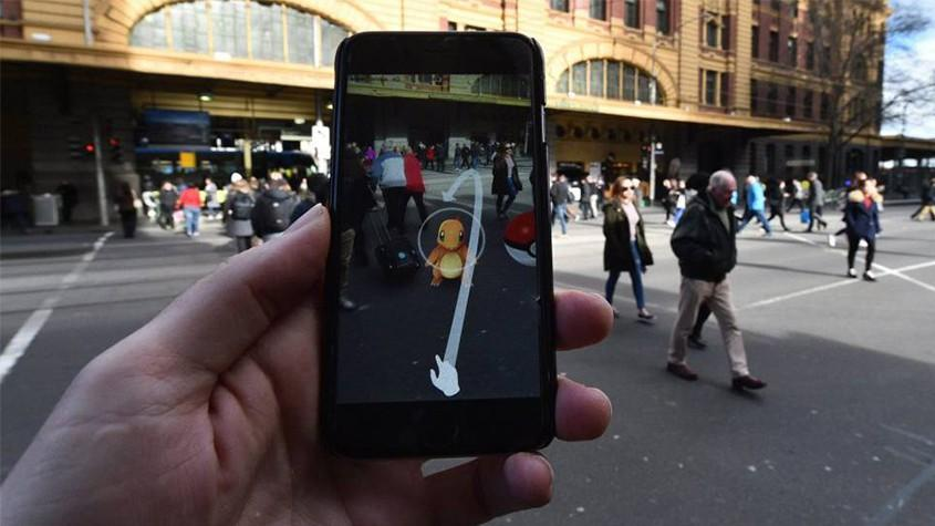 """Pokémon GO has redrawn the map of what people find important about the world"" blog bimK 0"